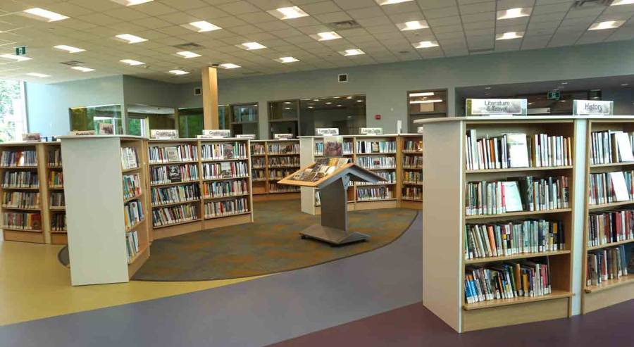 4.4 Kingston-Frontenac Public Library, Rideau Heights Branch. Interior-adult...